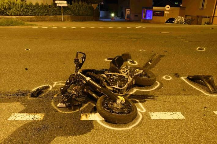 19-jähriger Motorradfahrer bei Unfall schwer verletzt
