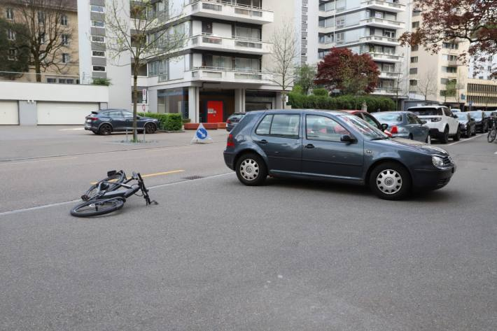 In Der Stadt St. Gallen ist gestern ein E-Bike-Lenker verunfallt.