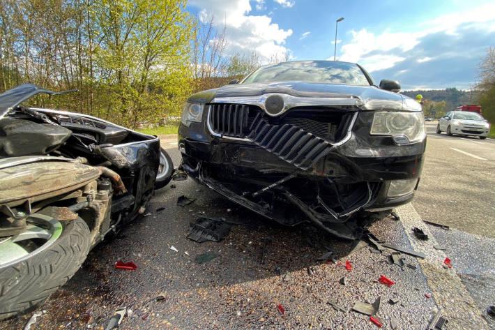 Rollerfahrerin bei Auffahrkollision in Rheinfelden verletzt