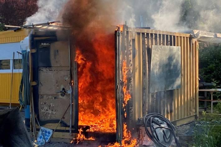 In Wohlen AG brannte es in einem Baucontainer.