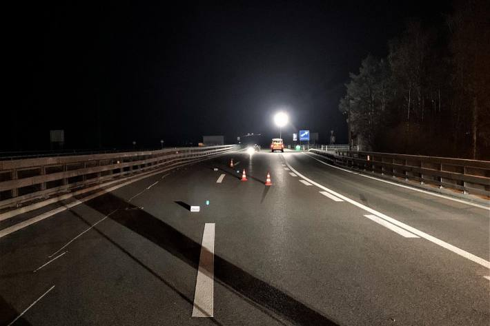 In Bülach ZH ist gestern Abend ein Motorradlenker tödlich verunfallt.