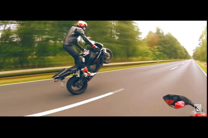 Illegale Motorradrennen - 1550 Videos bei Raser-Gruppierung beschlagnahmt