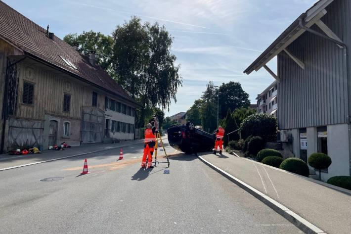In Illnau ZH ist heute ein Autolenker verunfallt.