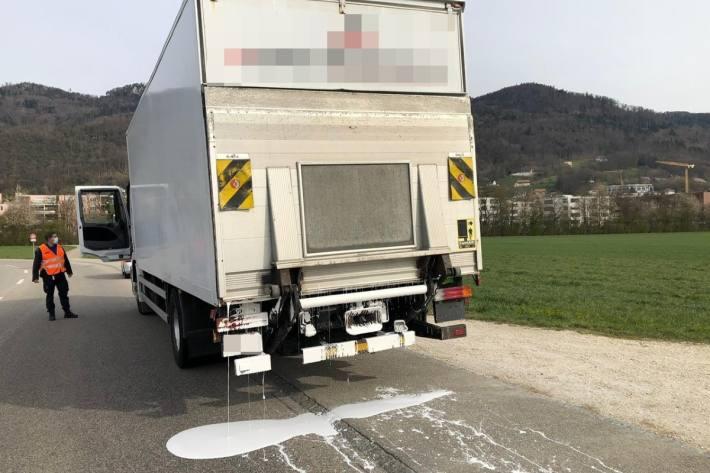 In Egerkingen SO hat heute ein Lastwagen Farbe verloren.
