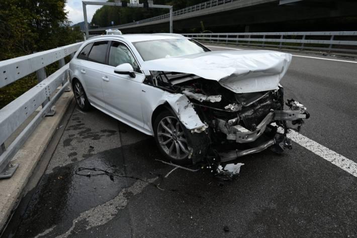 In Quarten SG ist gestern ein Autolenker verunfallt.