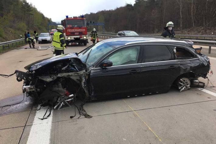 Der rechte Fahrstreifen in Fahrtrichtung Saarbrücken war während der Unfallaufnahme gesperrt