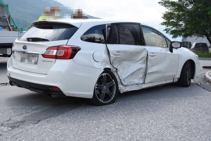 Zwei verletzte Personen bei Verkehrsunfall in Schänis