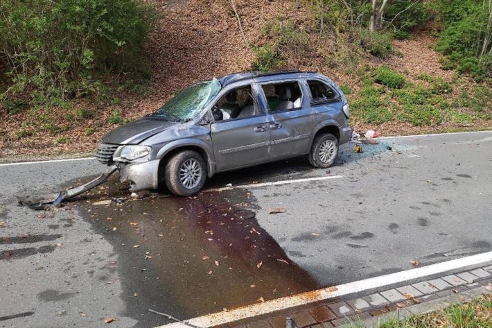Unfallfahrzeug bei Bad Blankenburg