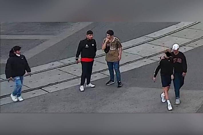 Lichtbild-Fahndung nach Verdacht des Raubes in Wien
