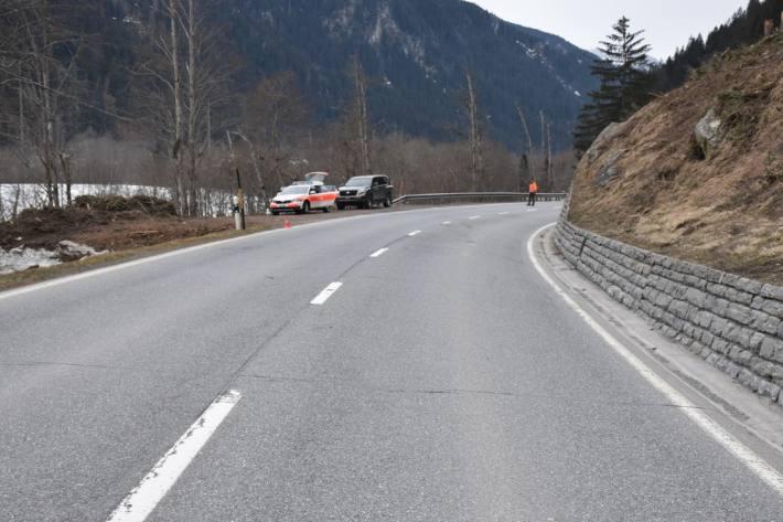 Heute verunfallte ein Quad-Lenker nach einer Kollision mit einem Hirsch in Waltensburg GR.