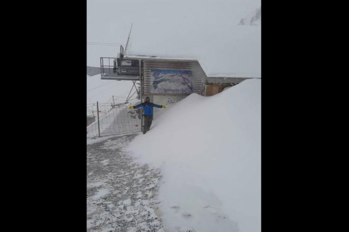Schnee auf dem Gumen