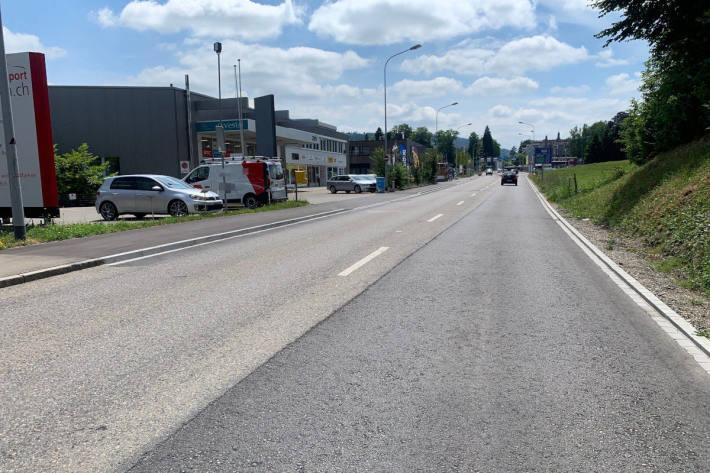 Fahrradlenker erleidet Kopfverletzungen bei Unfall in St.Gallen