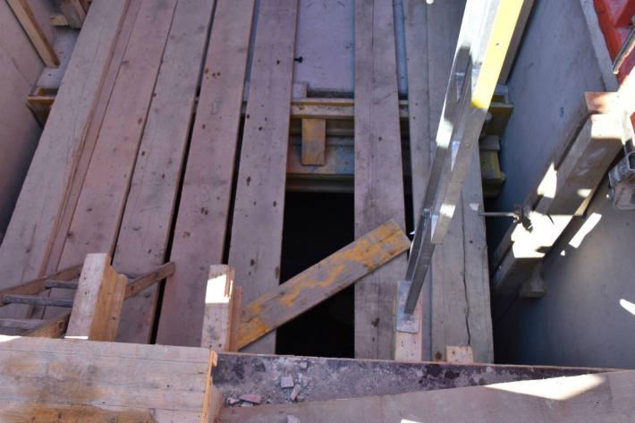 Bauarbeiter schwer verletzt.