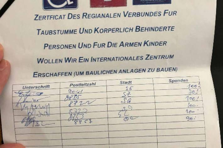 In organisierten Banden geben im Kanton St.Gallen die Betrüger vor, für eine Behindertenorganisation Spenden zu sammeln