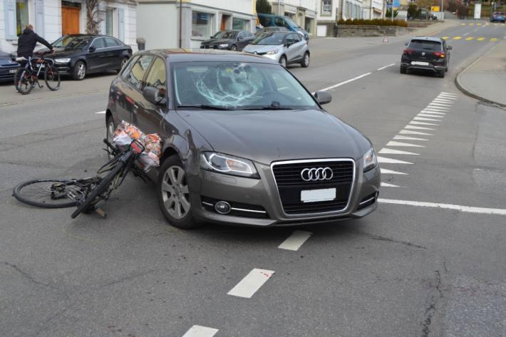 In Heiden AR verletzte sich gestern ein E-Bike Lenker.
