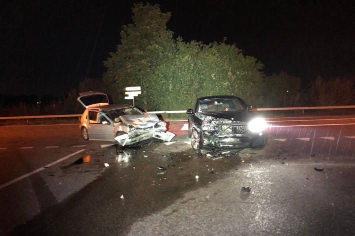 Nach dem Unfall musste eine Mitfahrerin ins Spital gebracht werden