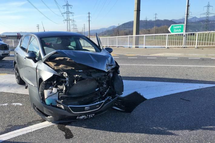 In Bilten GL kam es gestern wegen einem übersehenen Auto zu einer Kollision.