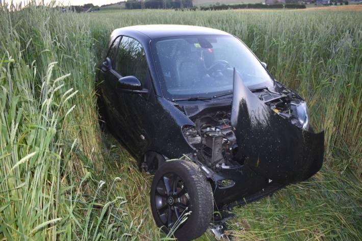 Bei Inwil LU hat gestern eine 27-Jährige einen Totalschaden verursacht.