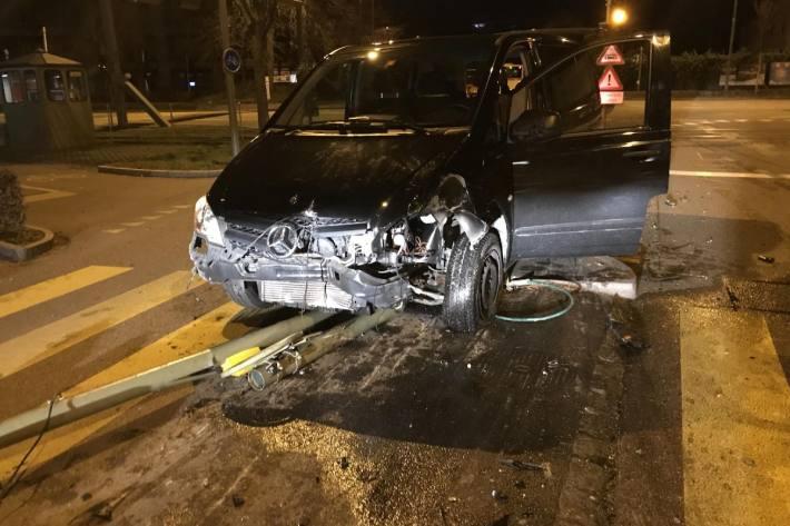 Am Wagen entstand Totalschaden