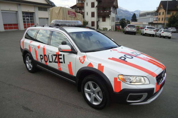 Trotz mehreren Einsätzen im Kanton Obwalden – Polizei zieht positive Bilanz zur Silvesternacht – (Symbolbild)