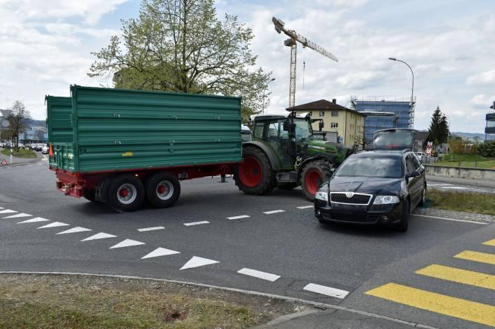 Grosser Sachschaden beim Unfall von heute in Schenkon LU.