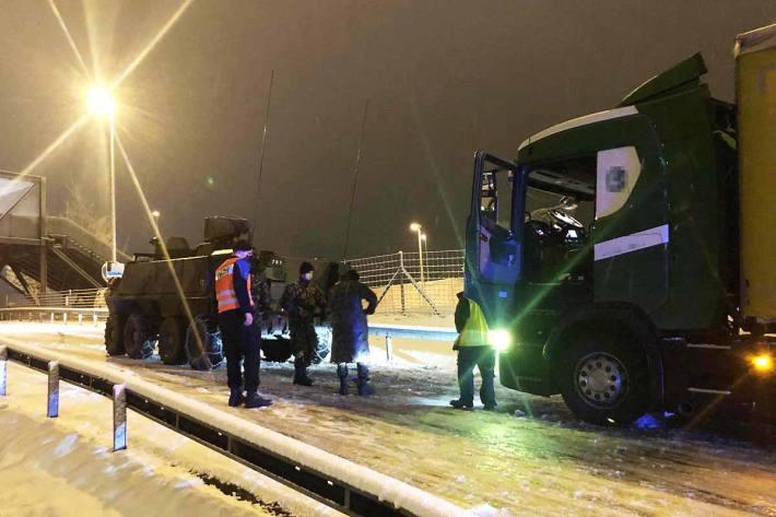 Unfälle und Verkehrsbehinderungen wegen Schnee im Kanton St.Gallen