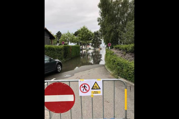 Trotz des guten Wetters bleiben Hochwasserrisiken bestehen im Kanton Freiburg