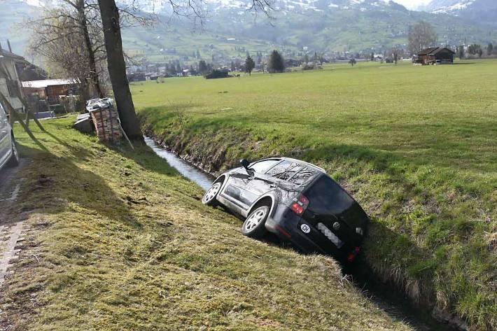 Der Autofahrer flüchtete und verunfallte schliesslich in Werdenberg