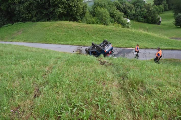 In Plons SG kam es gestern zu einem Unfall mit einem Leichtverletzten.
