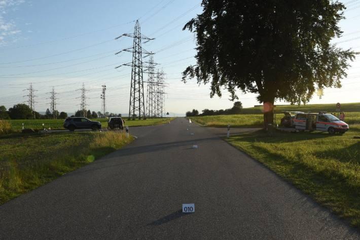 In Nürensdorf ZH haben sich gestern bei einem Unfall mehrere Personen verletzt.