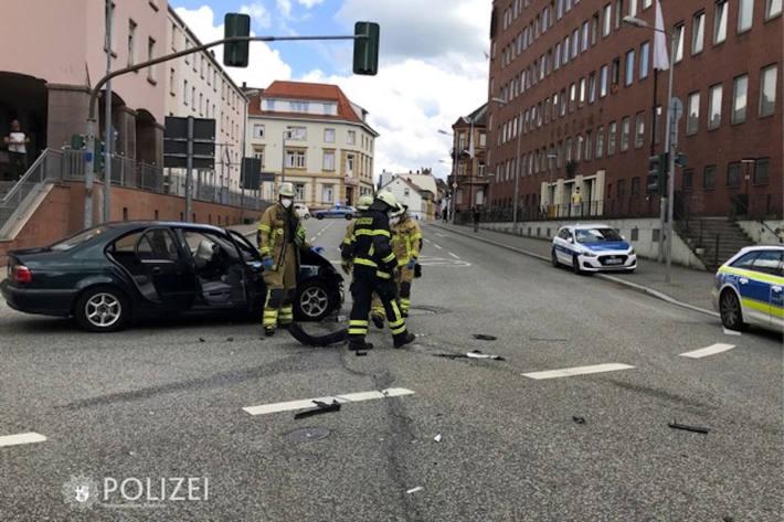 Zusammenstoß auf Ampel-Kreuzung in Kaiserslautern