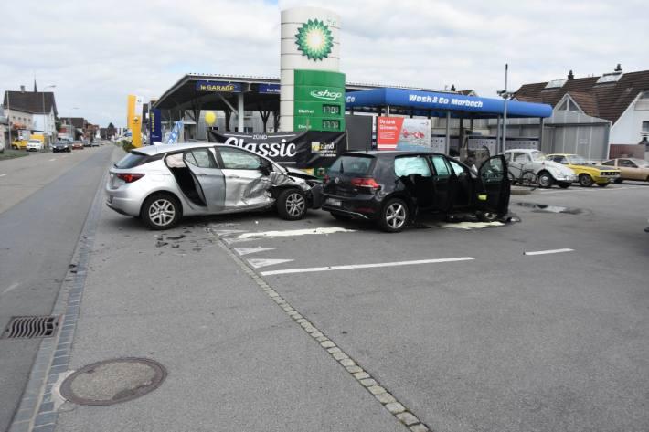 Drei Velretzte nach Unfall in Lüchingen SG.