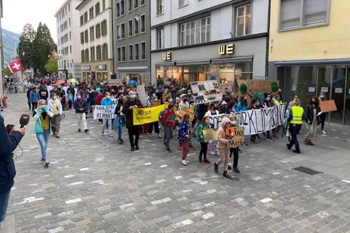 Am Demonstrationsumzug nahmen in Chur ca. 300 Personen teil