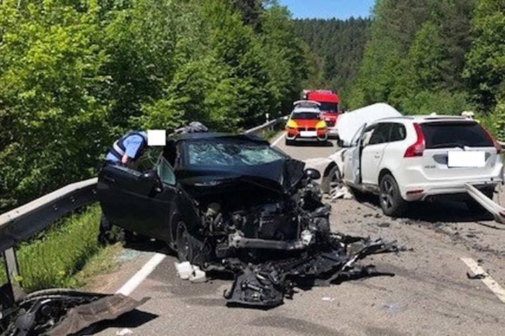 An beiden Fahrzeugen entstand in Rodalben Totalschaden