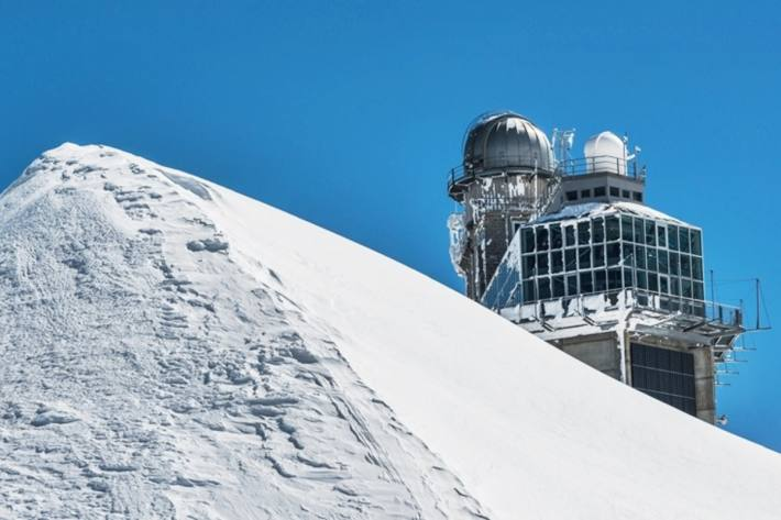 Die auf 3850 Metern gelegene Forschungsstation auf dem Jungfraujoch ist eine der Messstationen im internationalen Forschungsnetzwerk AGAGE.