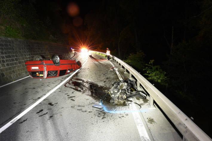 Endlage des Unfallfahrzeuges bei Bonaduz