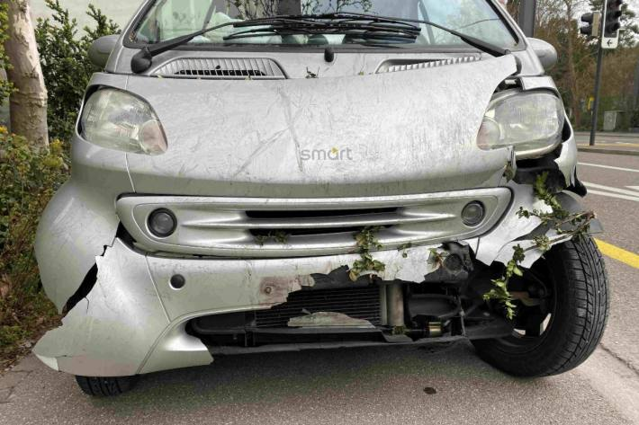 In Baden AG ist gestern eine Lenkerin verunfallt.