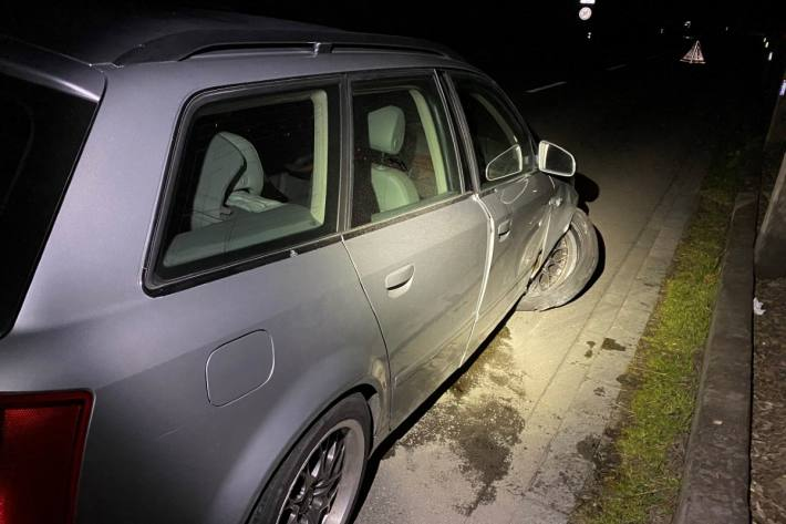 In Ettenhausen TG ist letzte Nacht ein Autolenker unter Alkoholeinfluss verunfallt.