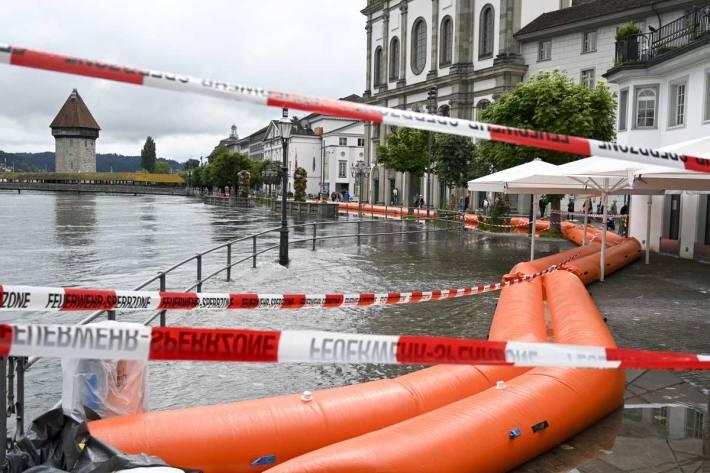 Die Stadt bereitet sich auf das Hochwasser vor