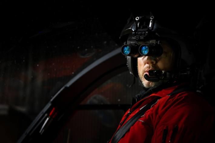 Die Rega hat neue Nachtsichtgeräte im Einsatz.