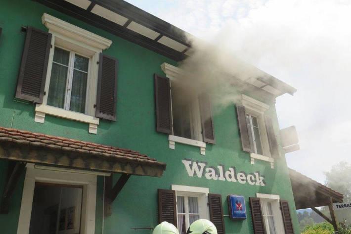 Brandfall erfordert Feuerwehreinsatz in Zwingen BL