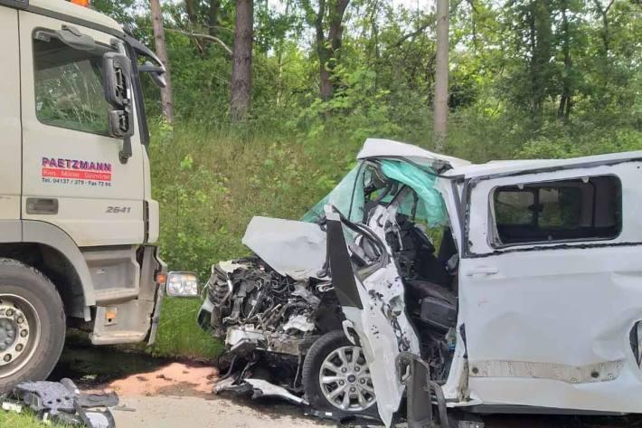 18-Jähriger nach Verkehrsunfall in Vastorf schwer verletzt