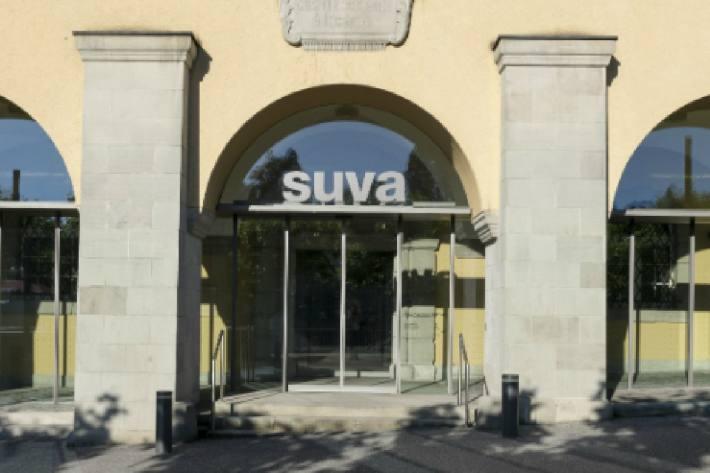 Die Suva verlängert Zahlungsfristen.