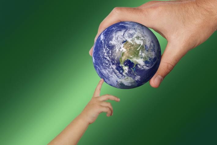 Kinder umweltbewusst erziehen - spielerisch und nachhaltig (Symbolbild)
