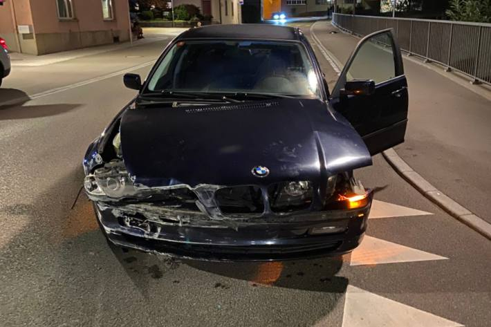 In Niederlenz AG verlor ein Fahrer die Kontrolle über den BMW.