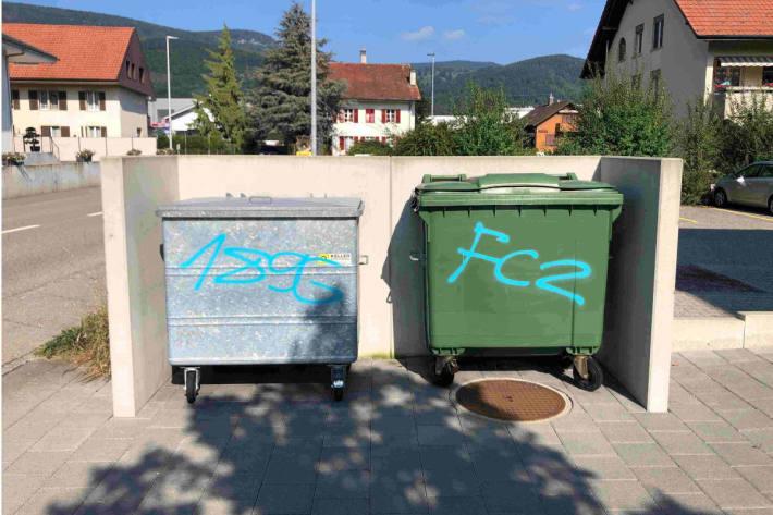 Zahlreiche Sachbeschädigungen durch Graffitis in Wolfwil, Niederbuchsiten  und Oberbuchsiten