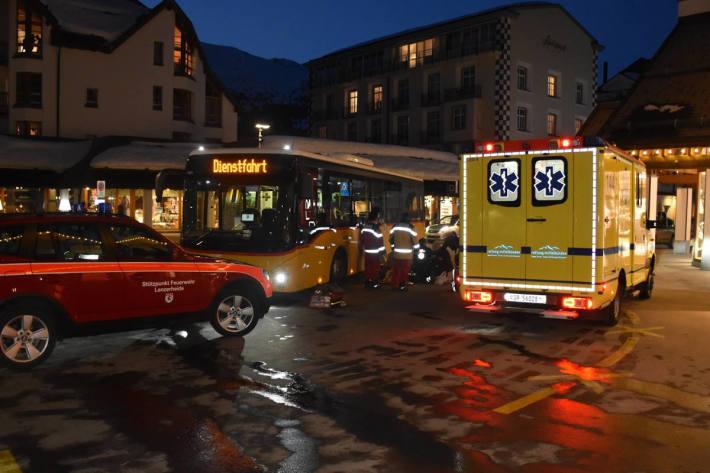 Kollision zwischen Bus und Fussgängerin in Lenzerheide