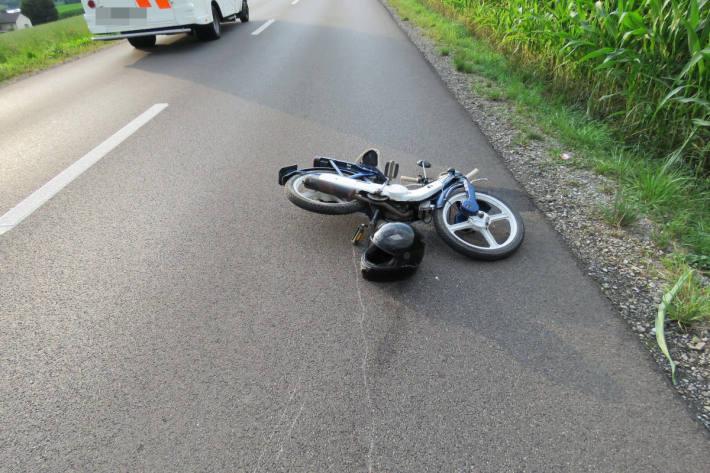 Unfallfahrzeug in Unterlunkhofen