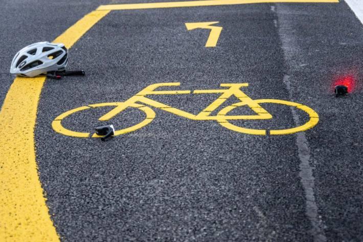 Nach einem Selbstunfall in Matzingen musste ein Velofahrer ins Spital gebracht werden (Symbolbild)