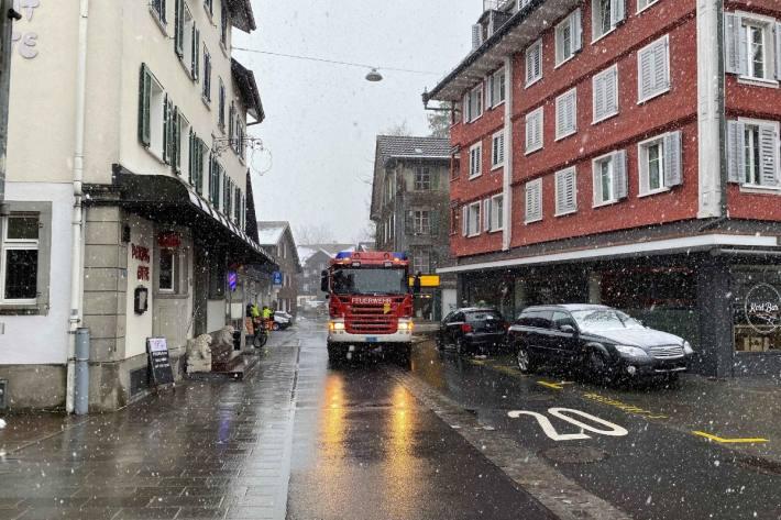 Heute musste die Feuerwehr in Unterägeri ZG einen Küchenbrand löschen.